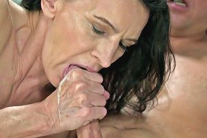 Young Student Fucks Sexy Granny Viol And Cums In Her Mouth