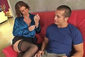 Young Guy Gets To Fuck A Hot Cougar